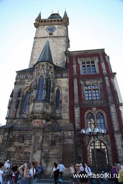 Староместская ратуша со знаменитыми астрономическими часами