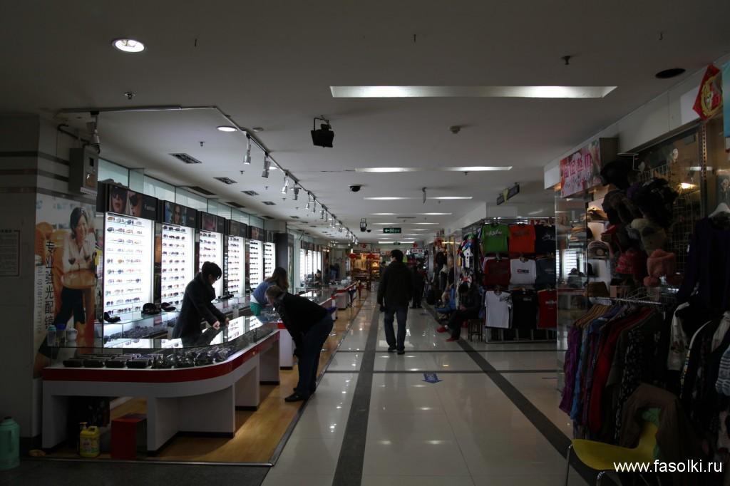 Фейк-маркет в Шанхае