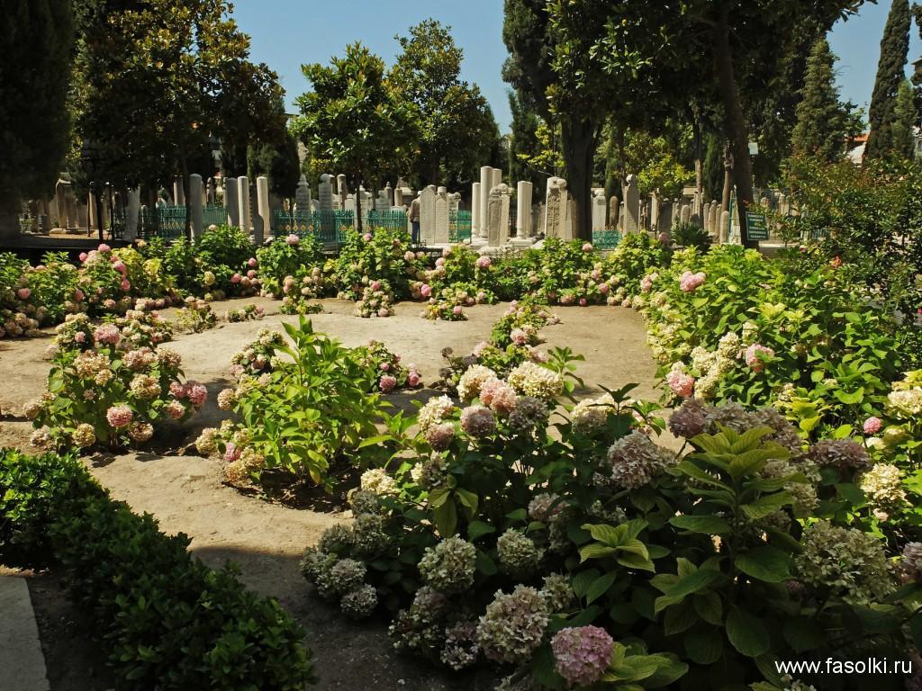 Кладбище знатных особ у мечети Сулеймание