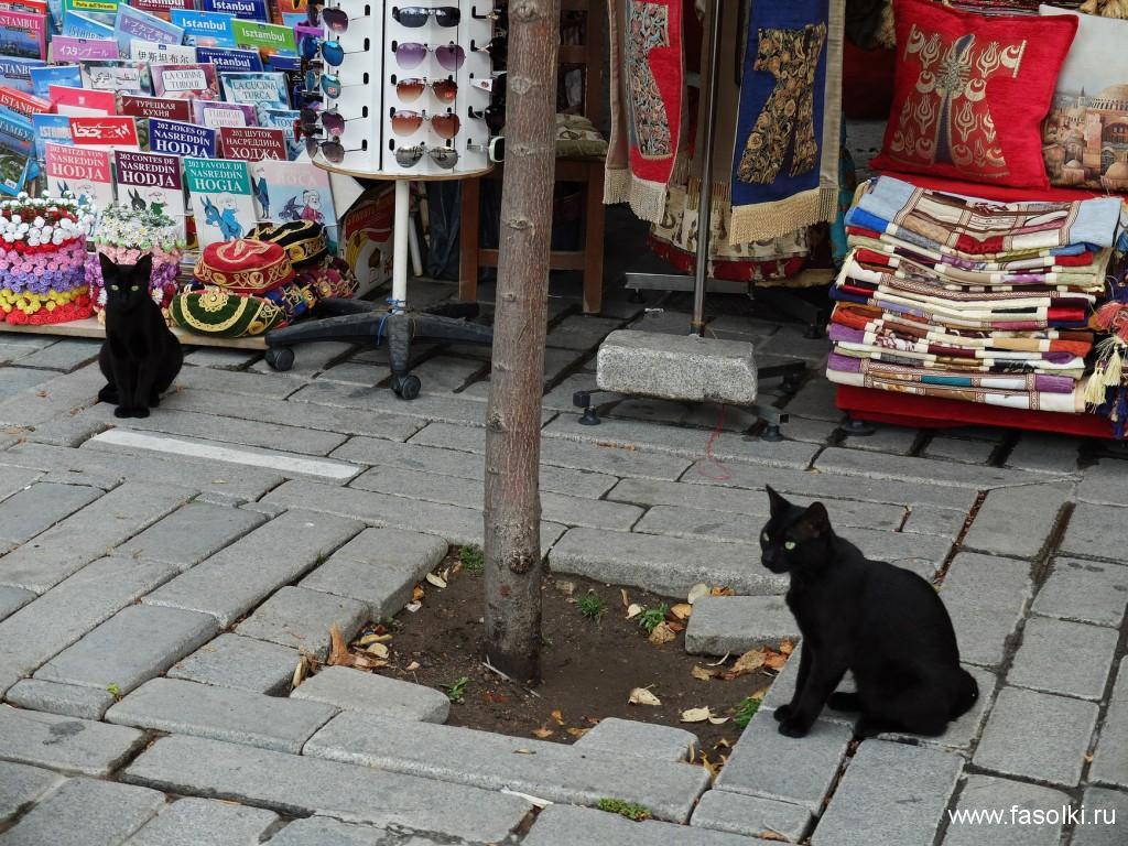 Небольшой рынок у дворца Топкапы