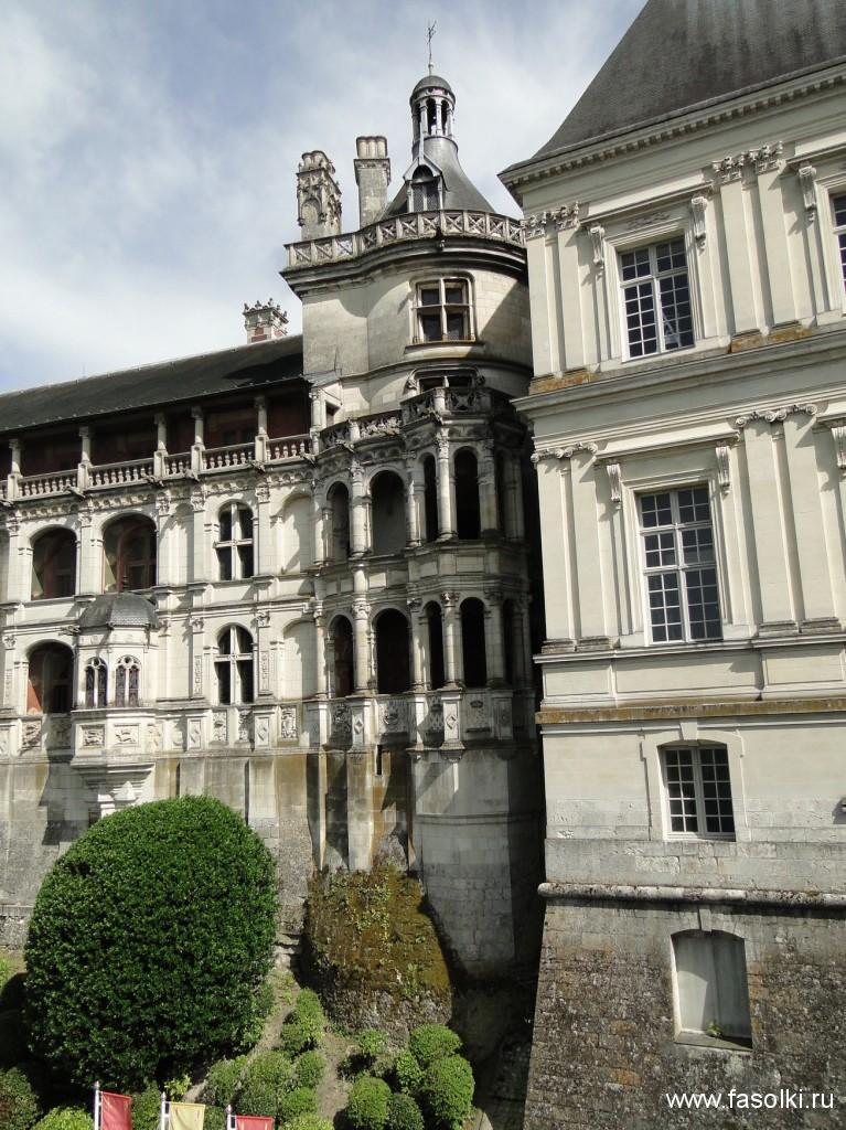 Ренессансное крыло Франциска Iикрыло Гастона Орлеанского, построенное в17 в.