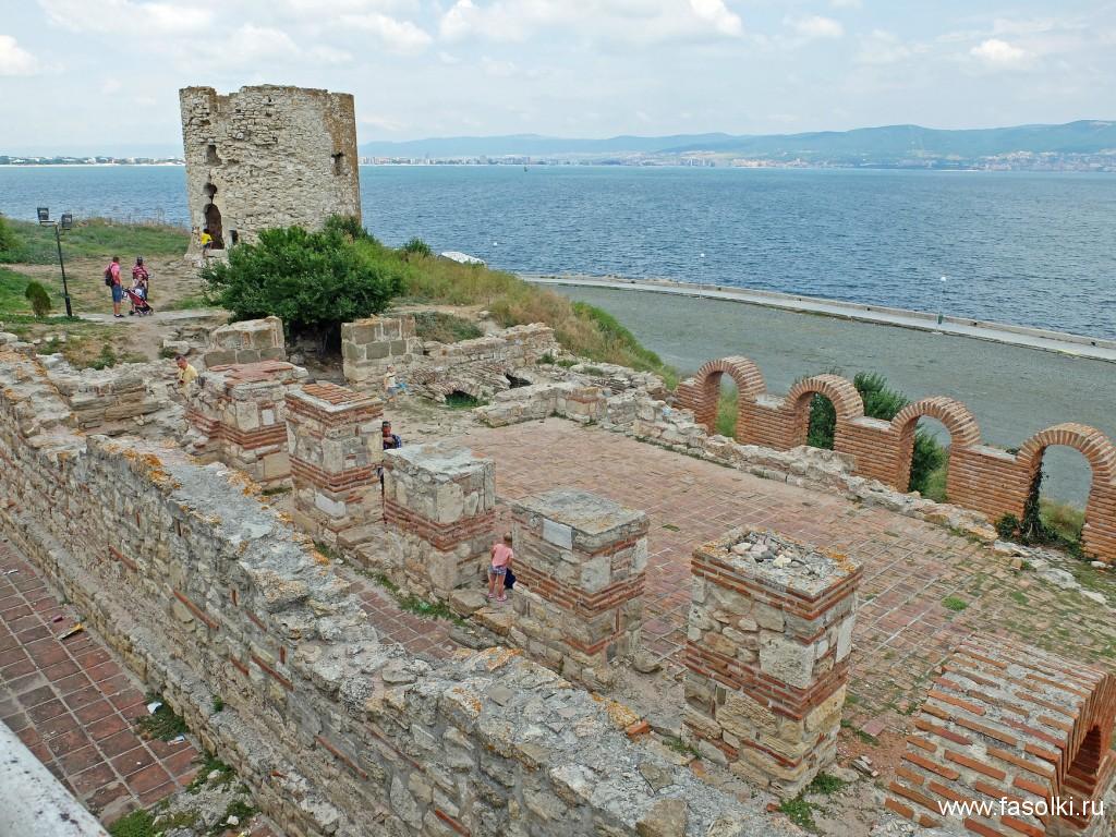 """Базилика """"Богородица Элеуса"""", VI в. Была частью монастырского комплекса"""